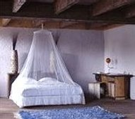 faraday-bedroom-canopy