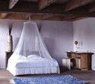faraday-bedroom-canopy